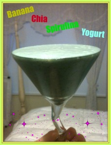 Banana Chia Spirulina Yogurt